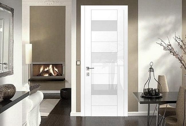 Белые глянцевые двери в дизайне